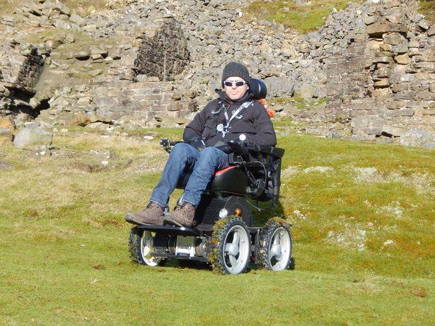 MOTIONrehab® Client Jason Liversidge Climbs Mount Snowdon for Charity.
