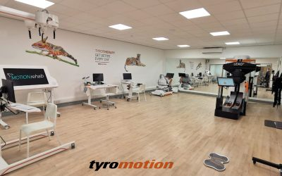 Staff training and first patients trying out new rehab devices at MOTIONrehab Hull bring the clinic alive..